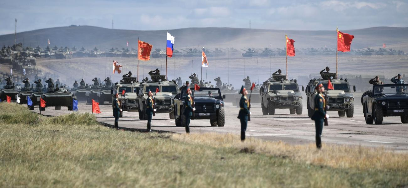 Vostok 2018 Russian and Chinese troops