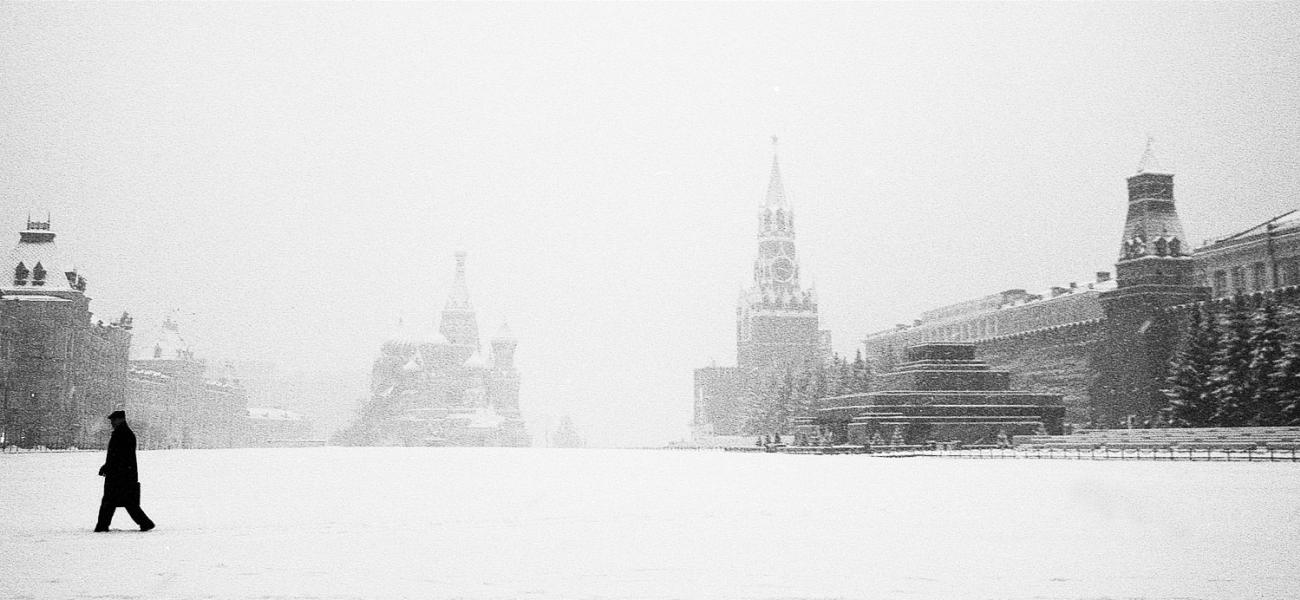 Moscow's Red Square covered with snow